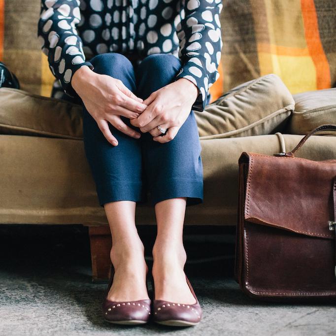 How to Organize Handbags and Purses